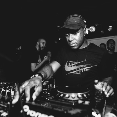 Rub A Dub Dub Presents DJ EZ